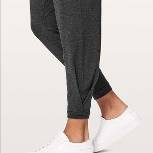 Twister & tucked pant - Lululemon